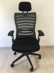 Cadeira Presidente Tela Mesh Preta Ergotek Nova