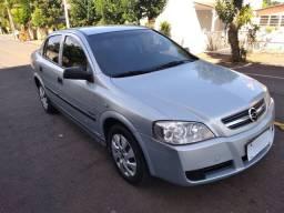 GM Astra Confort 2.0 sedan