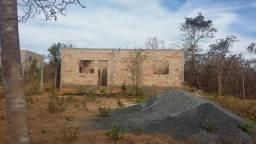 Lote 360 m2 com casa em construção
