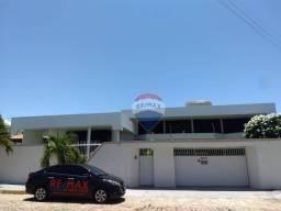 Casa Comercial ou Residencial com piscina, com 4 dormitórios e varanda ampla para alugar,