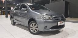 Toyota Etios NJ Sedan 1.5 2015 impecável! troco e financio! * chama!