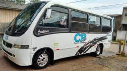 Micro ônibus com serviço