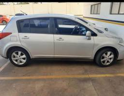 Vende se Tiida Hatch 2011/2012