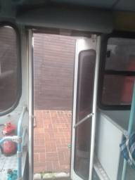 Porta ônibus urbano
