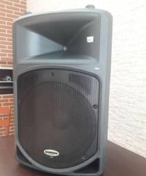Caixa de Som Ativa Samson DB500A 500W