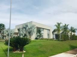 Casa Condomínio Country 600mts 4 Suítes