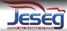 Técnico em manutenção de alarmes
