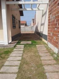 Aluga-se Casa na Estrada de Ribamar
