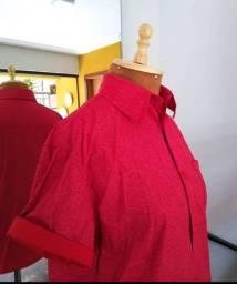 Camisa de botao vermelha