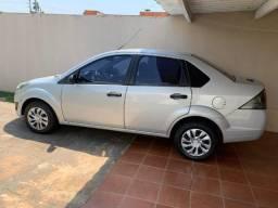 Fiesta sedan - unico dono - impecável