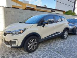 Renault Captur versão ZEN 2018 - ainda na garantia!