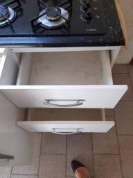Conjunto pia balcão com gavetas e cooktop