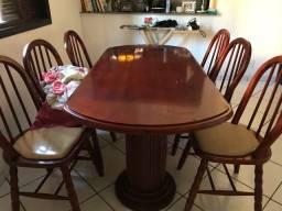 Mesa com 6 cadeiras madeira