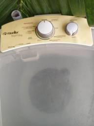 Vendo lavadoura e centrífuga