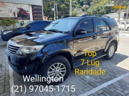 "Hilux SW4 3.0 SRV * 2015 * TOP 7 LUG. "" WELLINGTON """