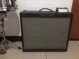 Amplificador valvulado Fender HotRod DeVille 212