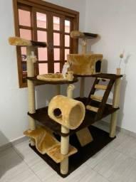 Arranhador para Gatos Castelo - Usado