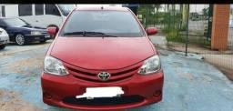 Toyota Etios Sedãn
