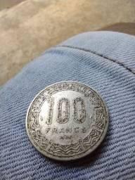 Vende-se Moeda 100 francs, original do Gabão!