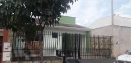 Vendo casa em Mandaguaçu 200 mil