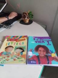 Livro infantil 1 inglês e religião editora do Brasil
