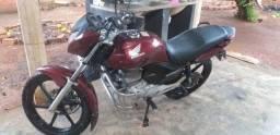 Vendo titan 150 ex 2012