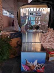 Máquina de sorvete max frizer