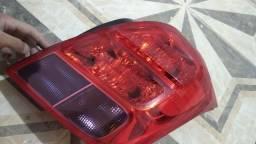 Título do anúncio: Lanterna traker original GM lado direito