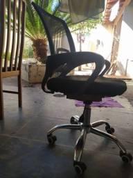 Cadeira de escritório/estudo