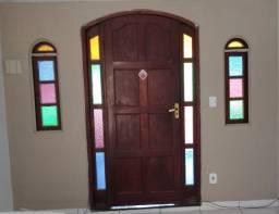 Vendo porta com capelas juntas