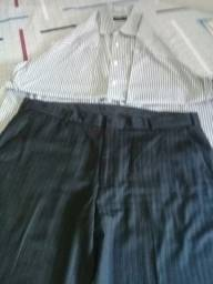 Calça social masculina tam:50 acompanha a camisa tbm ,.social..