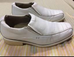 Sapatos couro masculino legitimo s/ novos C. Frio