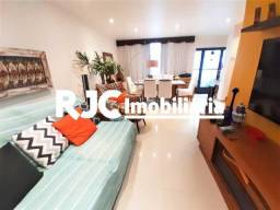 Casa de vila à venda com 3 dormitórios em Tijuca, Rio de janeiro cod:MBCV30154