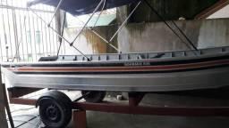 Vende- se bote 5,5 metros de alumínio.