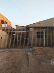 Casa para alugar, 90 m² por R$ 825/mês - Jardim de Eden - Nova Odessa/SP