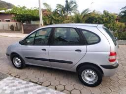 Renault Scenic vendo ou troco