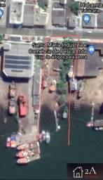 Área fundos para o Rio Itajaí Açu, com documentação da Marinha em dia