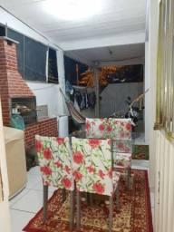 Casa com kitnet inclusa