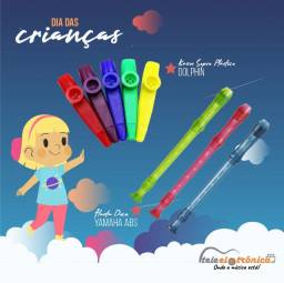 Flauta Doce Soprano Em Abs - Germânica - Yrs-20 / Dolphin Kazoo Colorido