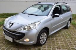 Peugeot 207 SW 1.4 Flex - 2011