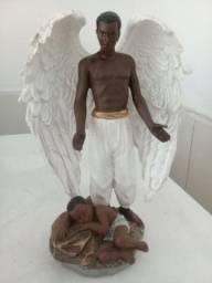 Estátua Anjo da Guarda Negro - Belíssima Peça.