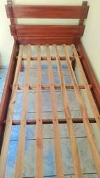Cama de Solteiro, madeira de qualidade