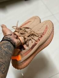 Adidas Yeeez Ultra Boots linha importa