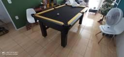 Mesa Tentação de Bilhar Cor Preta Tecido Preto e Borda Amarela Mod. NBWQ5439