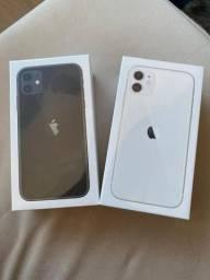IPhone 11 (64 GB) - Preto ou Branco/ Novo Lacrado/ 1ano de Garantia