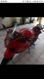 Vendo moto QUITADA 10.000 chama no whatssap *
