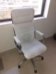 Cadeira Executiva Branca