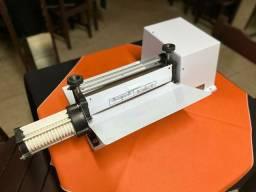 Cilindro e máquina  de fazer macarrão
