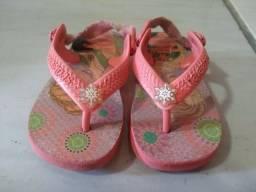 Sandalias sapatos e botas n 19
