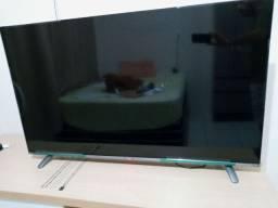 Vendo smart tv 55 polegadas nova comprada ah 3 meses com nota fiscal.